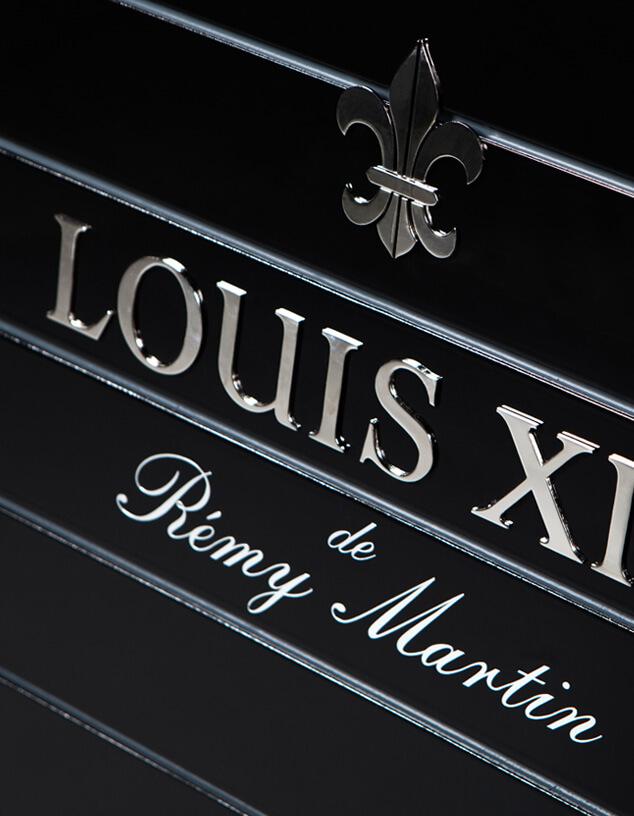 Louis XIII Trolley